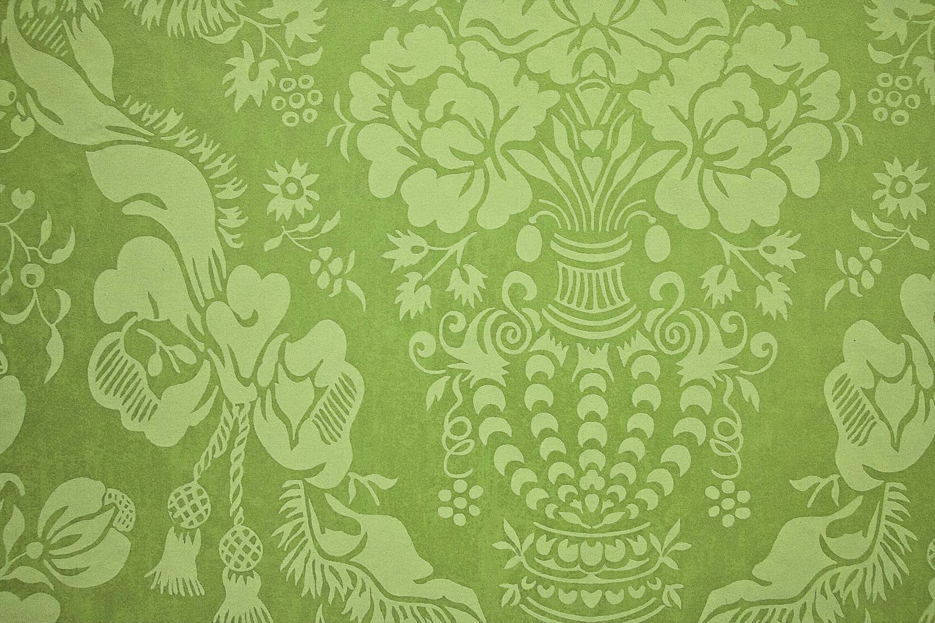 Green Carpet With Vintage Pattern PhotoHDX