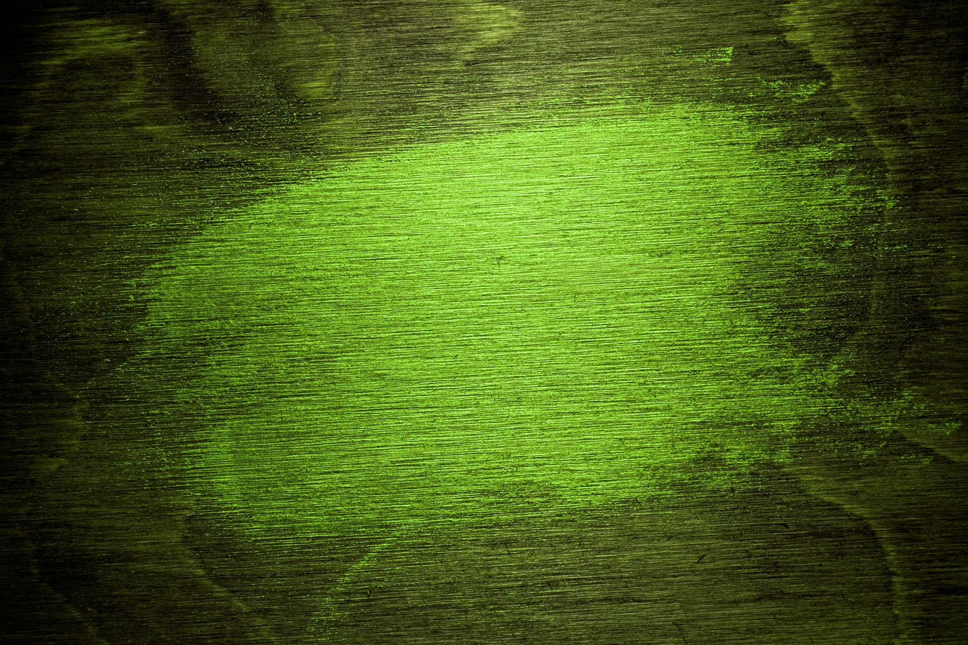 Dark Green Grunge Background With Center Light - PhotoHDX